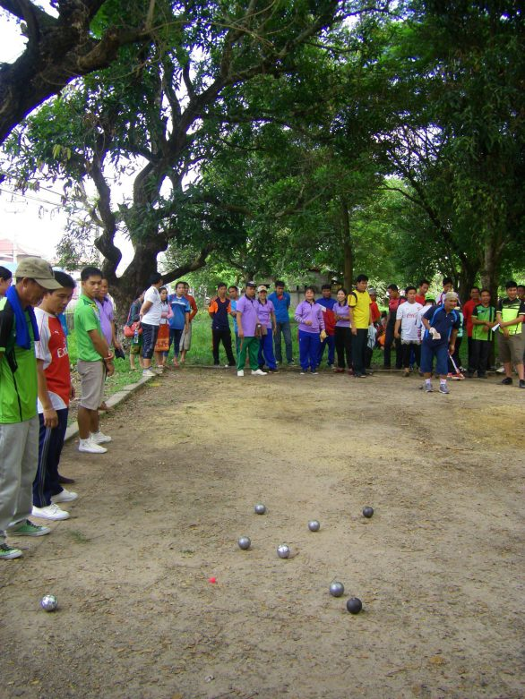 Pétanque team of Sikeud Secondary School