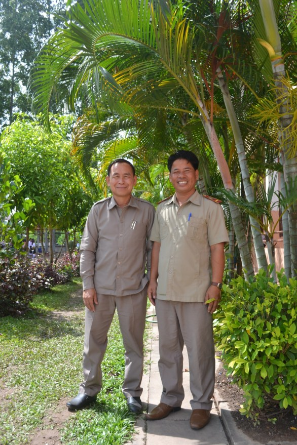 School manager Souvanh Navong and his mentor Mr. Khampheng Boun Tha Lavong