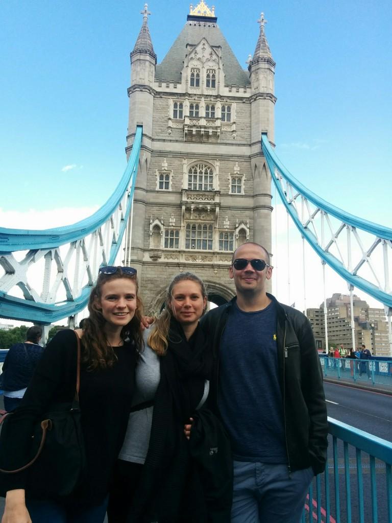 Anika, Silja, David on London Bridge