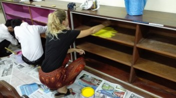 Sandra paints...