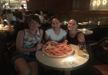 The pioneers of Team III reunited: Lena Wink and Denise Burkhardt with Moukdala Keomixai