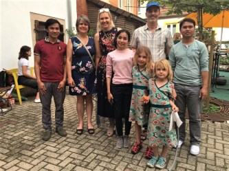 Mr Napha and Mr Thaithanawanh with their teachers from the International Office: Ms Alexandra Neuner (German culture) & Susana Wermuth (German language) with her family