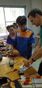 Electrical training with Martin Schoebinger, electrician from Karlsruhe