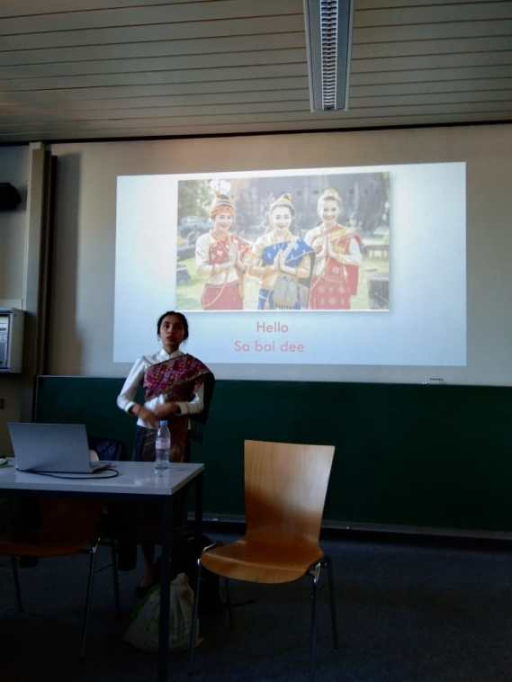 Participated in English class to introduce about Laos to multiple-nationalities-students