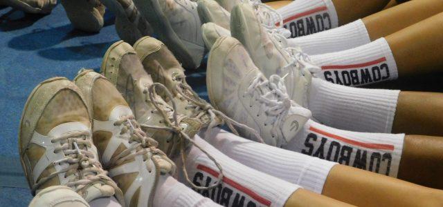 A season of school spirit: Cheerleading commences despite coronavirus concerns