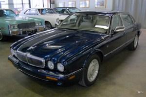 1998 Jaguar XJ8 Vanden Plas