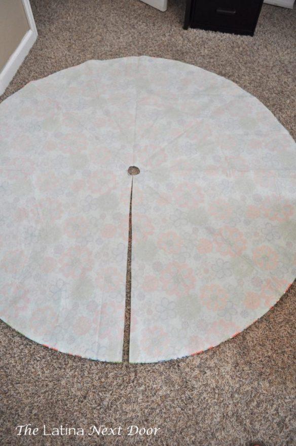 Tablecloth 6 680x1024 Custom Tablecloth for the Pool