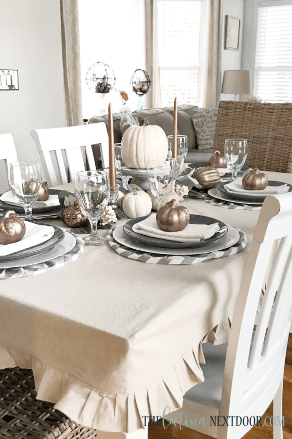 How to Make a Tablecloth Farmhouse Style 15 How to Make a Tablecloth Farmhouse Style
