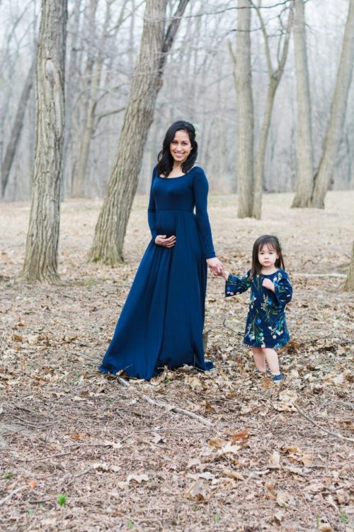 Early Maternity Photo Shoot With Toddlers
