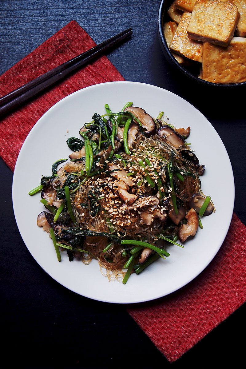 Sesame Glass Noodles Stir-Fry With Vegetables