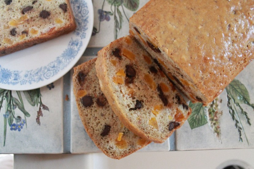 Apricot Chocolate Chip Quick Bread | The Lazy Vegan Baker
