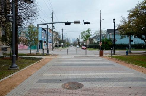 La Branch Street