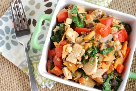 This Cheesy Mexican Skillet is packed with veggies and lean protein making it a great weeknight dinner option!
