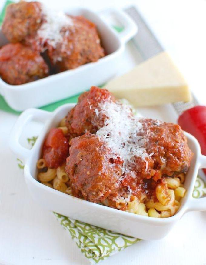 Featuring canned tomato sauce that's packed with lycopene, these Crockpot Meatballs are an easy dinner option.