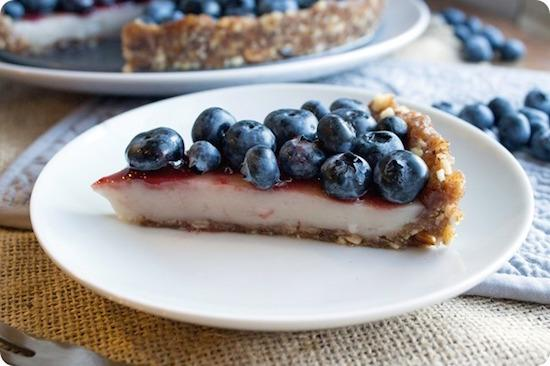 Vegan No Bake Blueberry Custard Pie