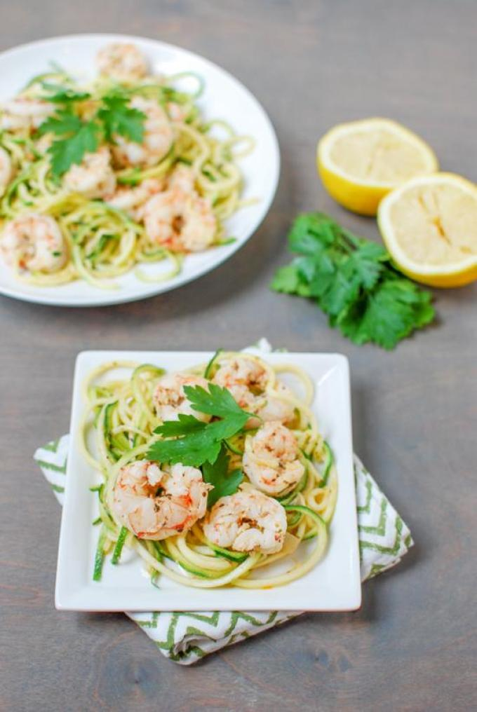 This Paleo Shrimp Scampi is made with just six ingredient and is ready in 15 minutes. Light and refreshing, it's the perfect summer dinner!