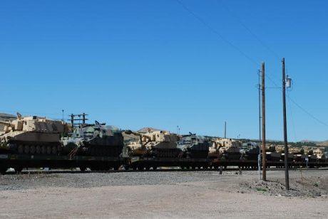 idaho-train-troop-convoy-tanks-3