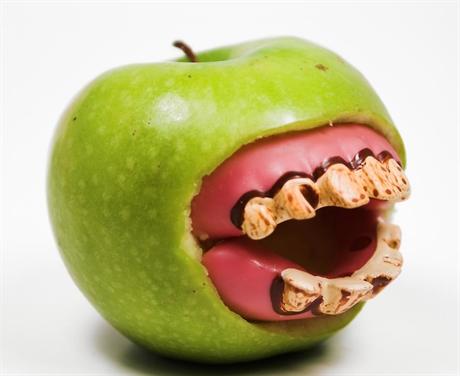 Rotting-Teeth-Granny-Smith-Apple-Mouth-460