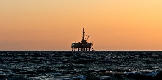 oil-rig-cropped