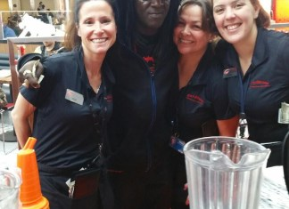 flavor flav hits Rock & Brews terminal 1 at Southwest