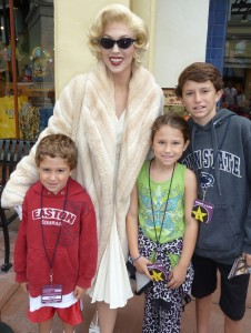 marilyn monroe at Universal Studios with Dillman kids