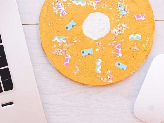 Een donut als muismat