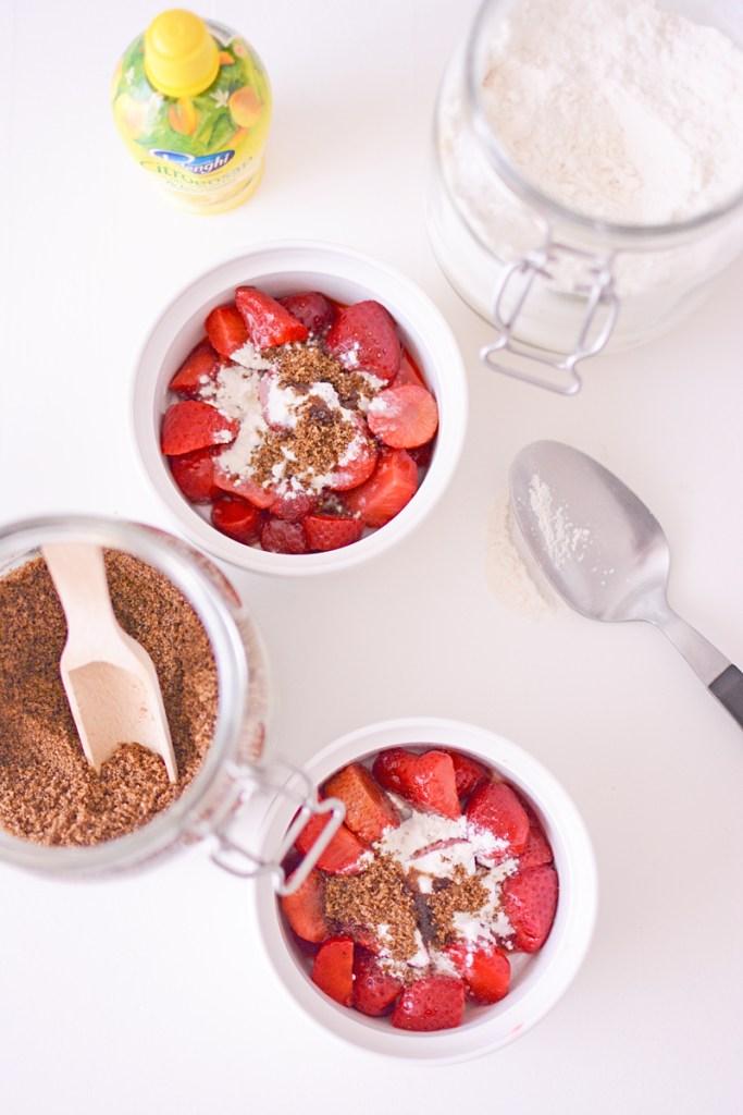 Perfect dessert: skinny aardbeiencrumble