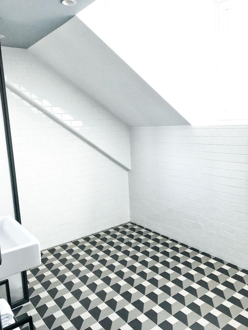 Hoxton Hotel Paris Spacious Bathroom