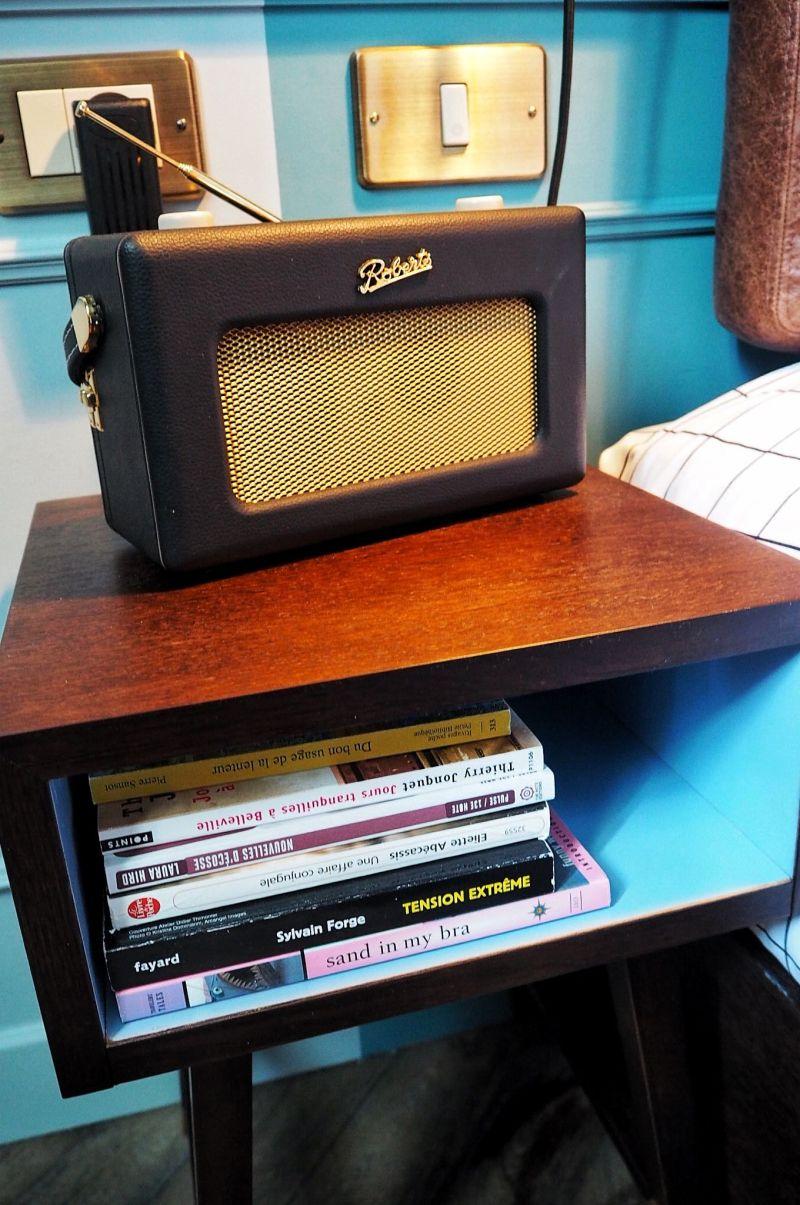 Hoxton Paris Retro Radio and Books