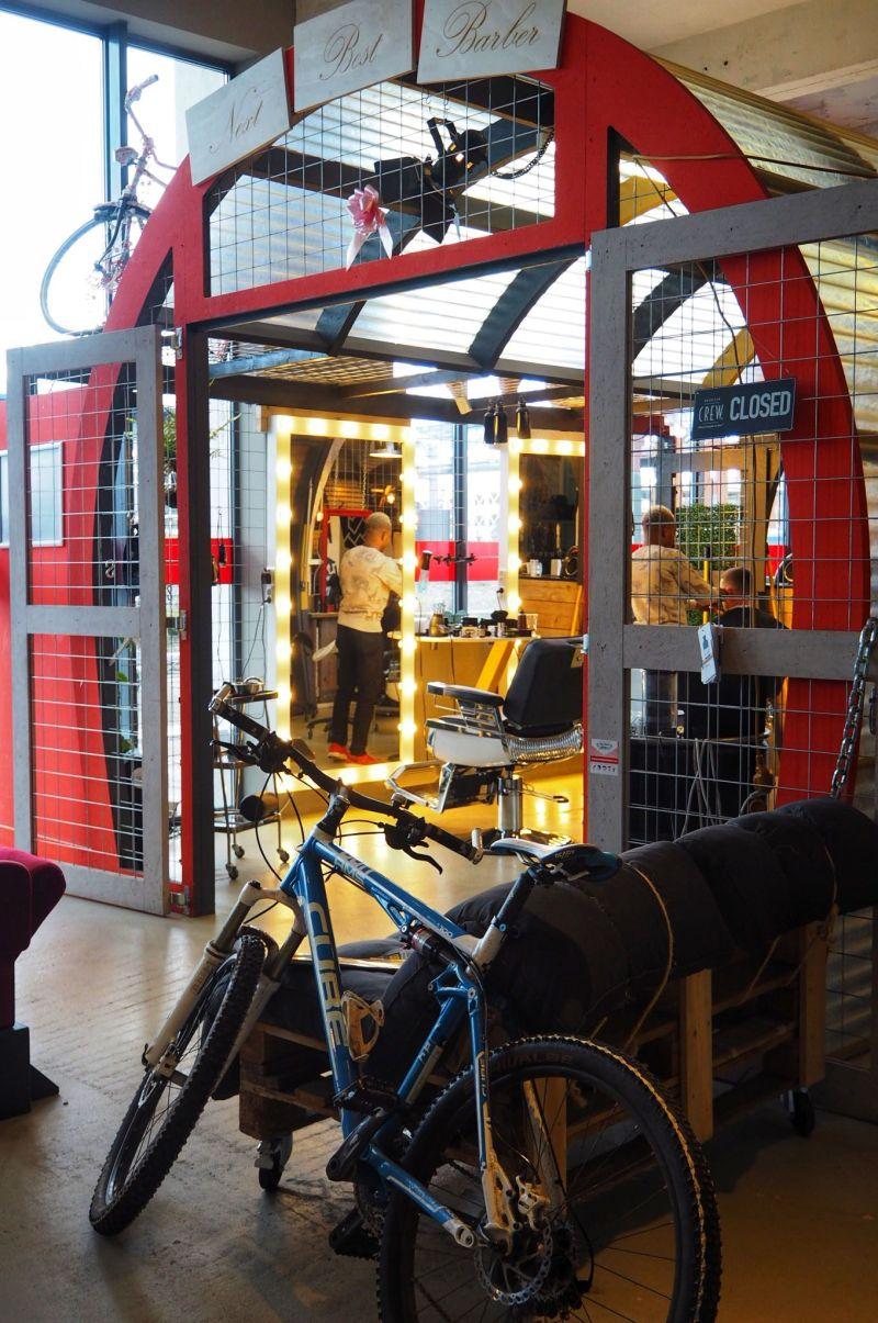 Barbers in Urban Shopper Eindhoven