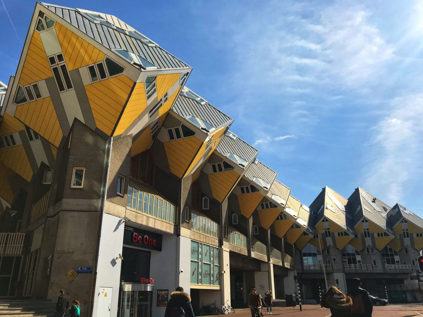 Cubic houses Rotterdam in one day