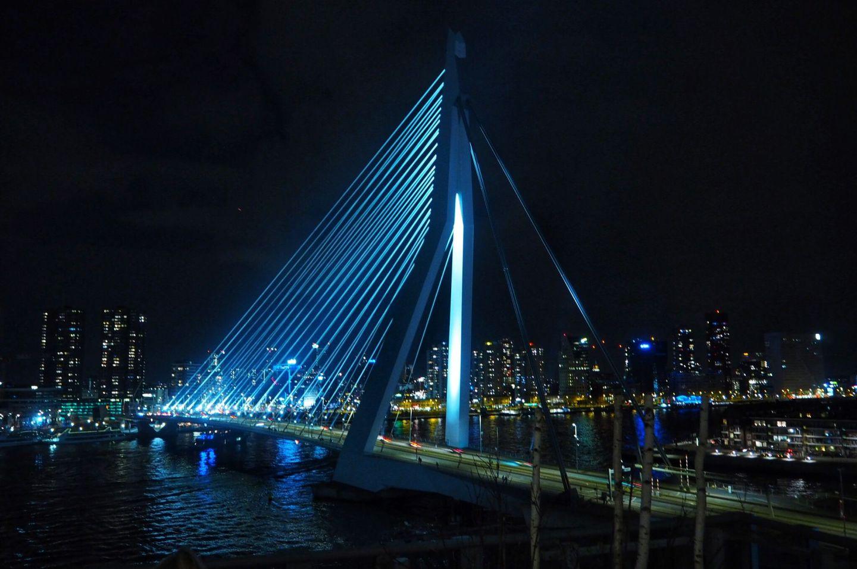 Erasmus Bridge Views Nhow Hotel Rotterdam