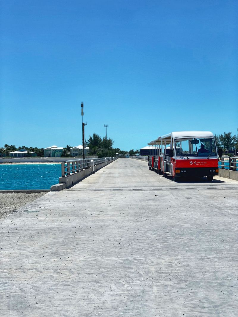 Hilton-World-Resorts-Bimini-ferry-Shuttle-buggy