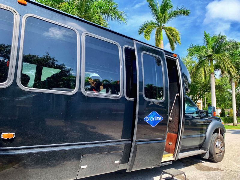 Gray-Line-Guided-Minibus-Tour-of-Miami-City