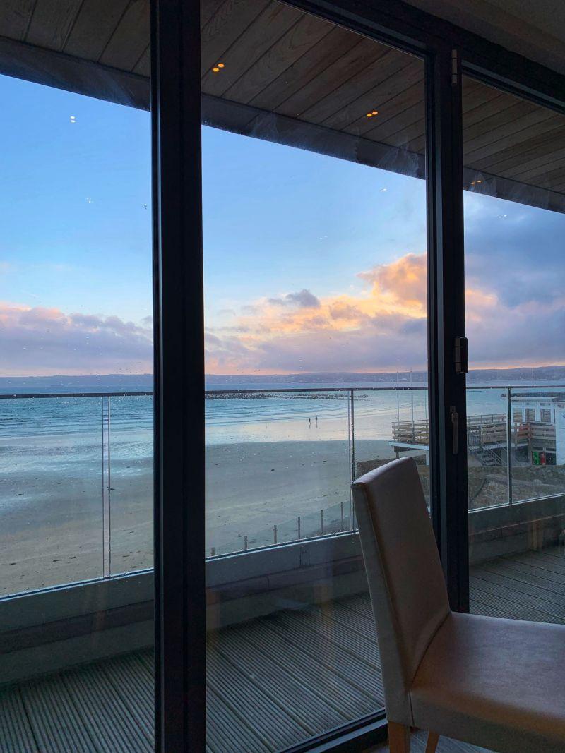 Marazion-beach-views-from-Godolphin-Arms