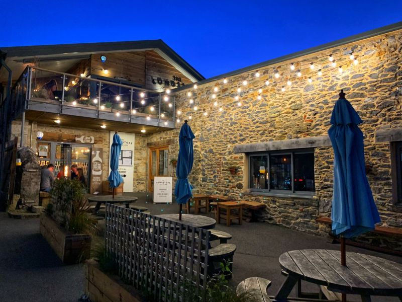 Dining-at-The-Longstore-Restaurant-Charlestown-Cornwall