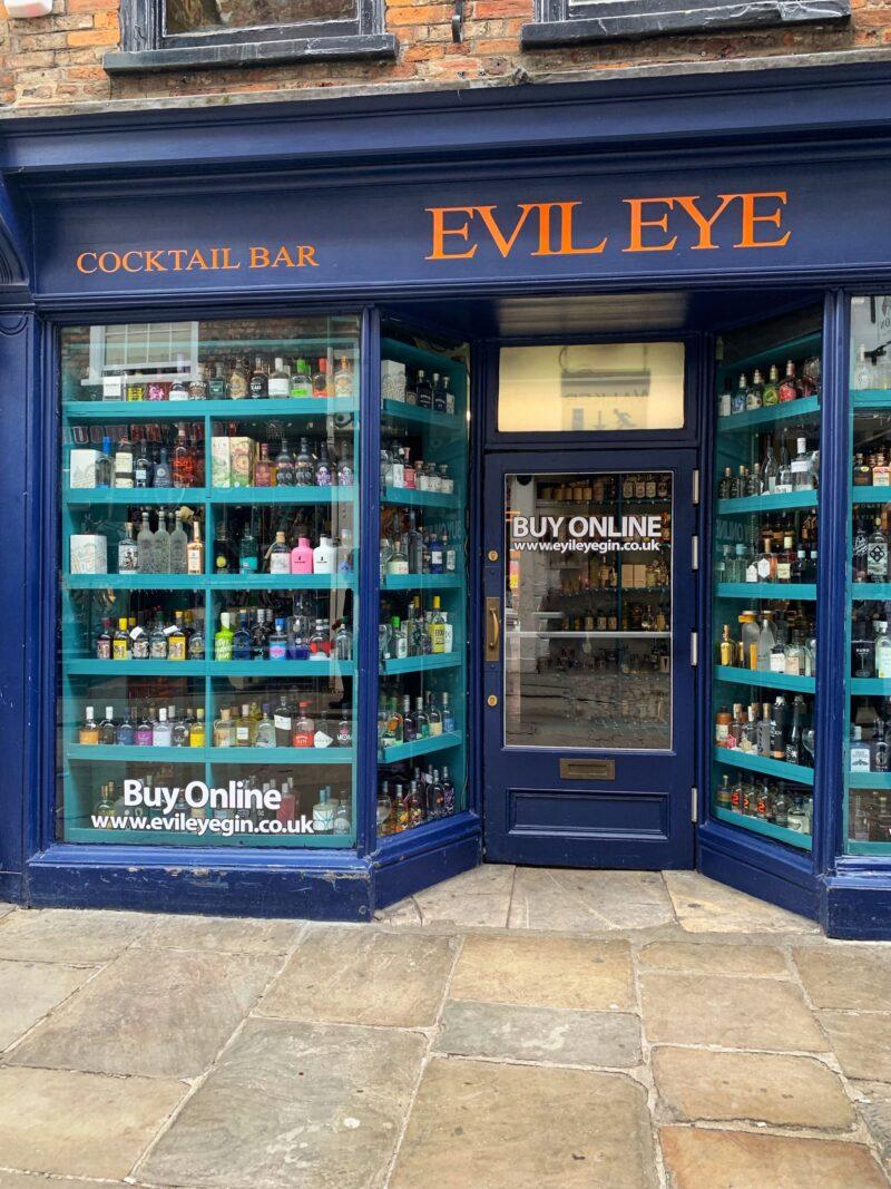 Evil-Eye-hidden-cocktail-bar-York-England