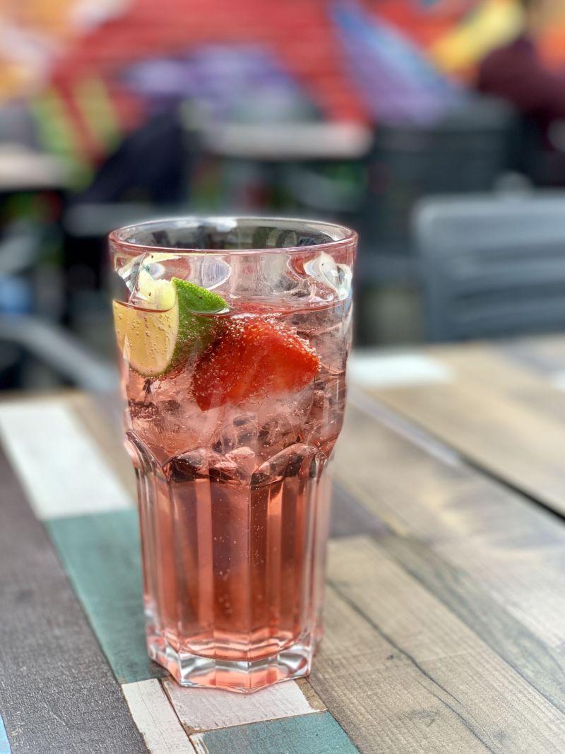 Summer-drinks-Evil-Eye-sun-terrace