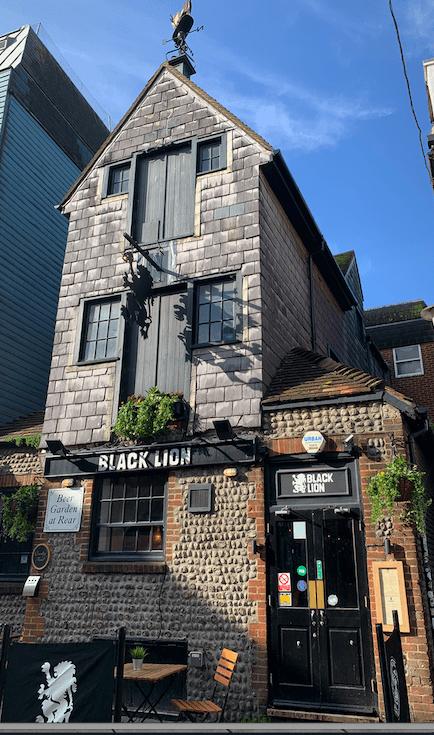 Black-Lion-Pub-Brighton-England
