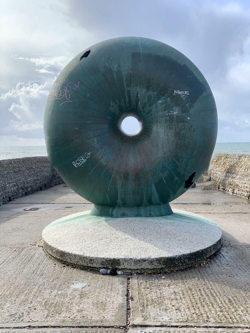 Doughnut-Groyne-Brighton-Instagram-photo-spots