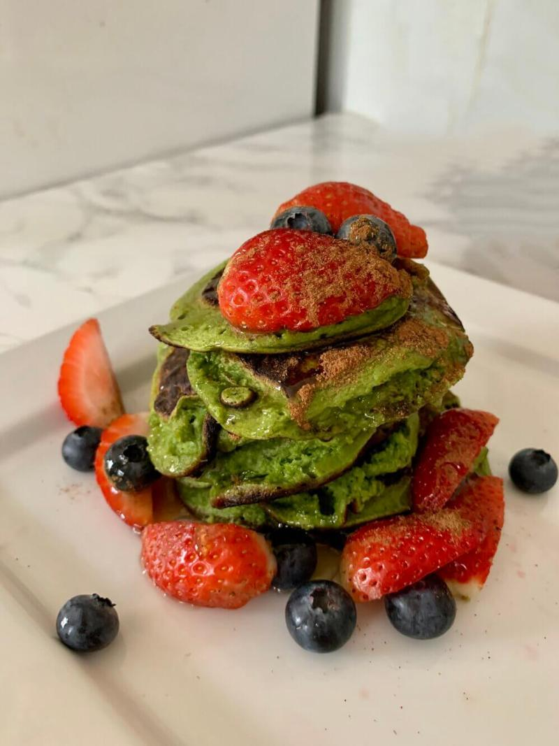 Spinach banana protein pancakes
