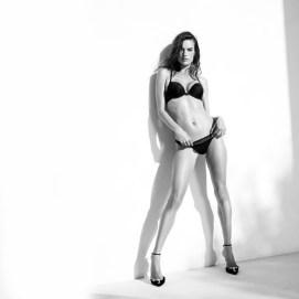 alessandra-ambrosio-lascana-lingerie-campaign2