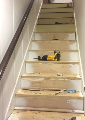 Stairway Makeover   Swapping Carpet for Laminate   The Lilypad Cottage wood stairs diy