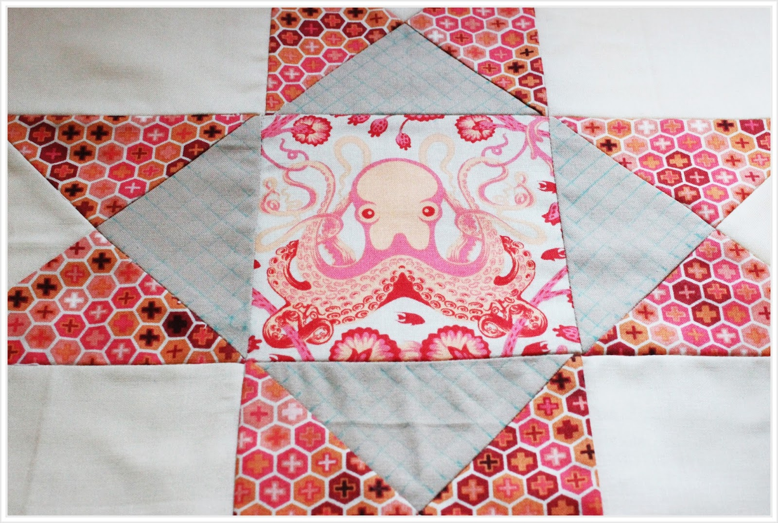 About A Quilt Sampler QAL #16 : Quilting Block 7 - The Little ...