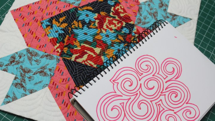 learn how to free motion quilt spiral design