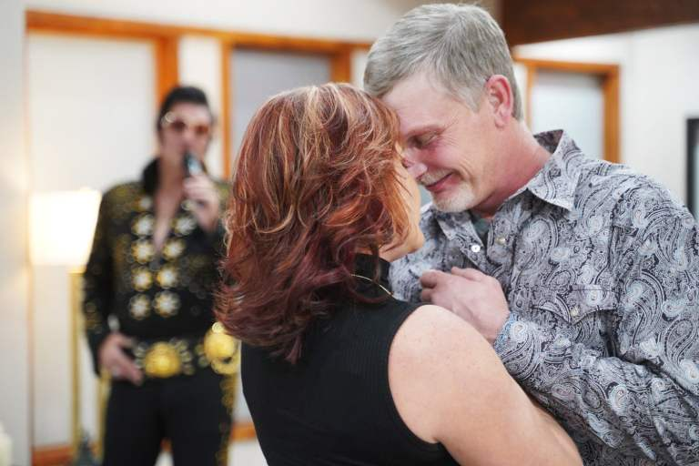 Elvis Renewal of Vows with Dancing Couple