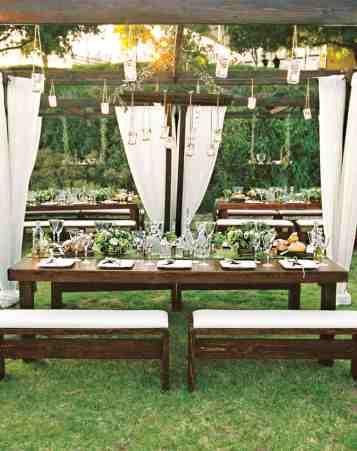 Hanging Floral Summer Wedding Trend
