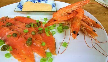 salmon tuna and white wine