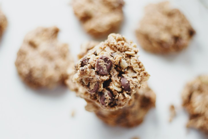 Healthy Oatmeal Chocolate Chip Cookies Recipe