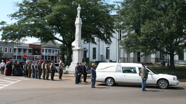 """Black Confederate"" Anthony Hervey Funeral Procession Draws Hundreds in Oxford, Mississippi"